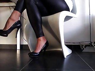 new heels in wet look leggins