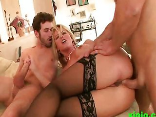 Kayla Synz getting the fuck of her life