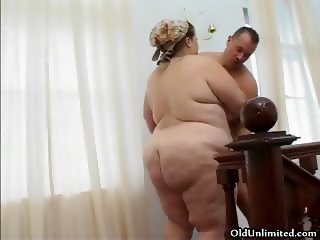 Fat old mature housewife gets her tight part4