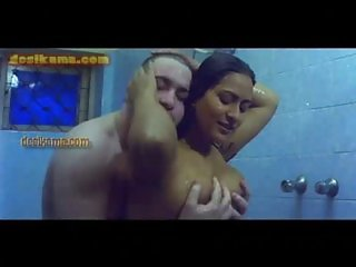 booby aunty in shower