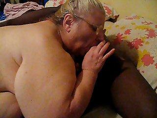 sucking dick geting fingerd