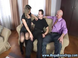 Bisexual threesome bj oral