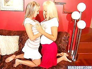 Lesbian Squirters
