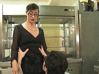 French Patronnes et Femmes de menages