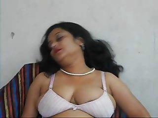 Skype Camgirl Indian Babydoll