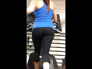AMAZING body and great ass at gym