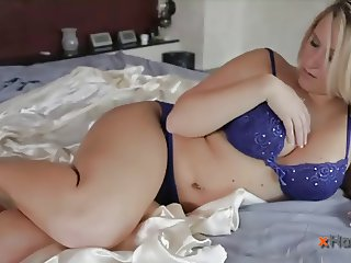 HT Gorgeous big girl fucked and cumed over