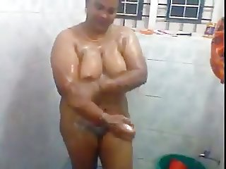 Sexy Hot South Indian Aunty 039 s Bath Scene