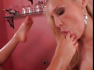Lesbian Foot Fetish Toe Licking
