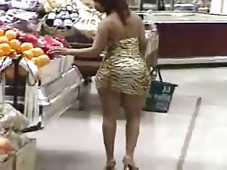 Big Booty Shopper