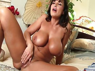 Lisa Ann needs a man in the bedroom