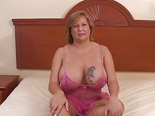 Deena Laid