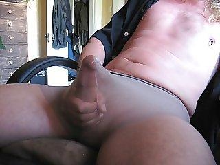 Another pantyhose cumshot