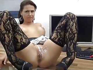 Sexy Babe Gets Anal And Pussy Covered In Jizz