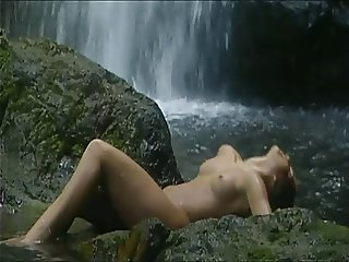 Great Fuck in Wonderfull Waterfall