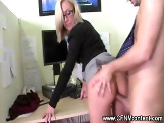Secretaries see their boss as a prey