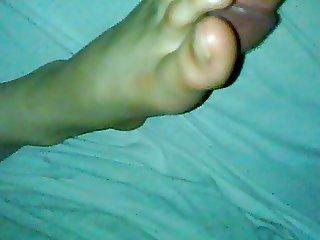 smelly feet cumming