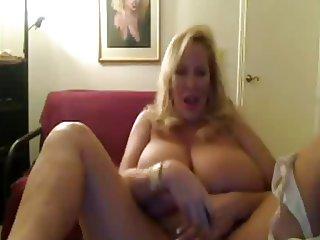 Darcy Heavy mature melons webcam