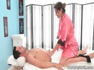 Sexy brunette slut gives great erotic part2