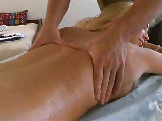 Tasha Reign Massage