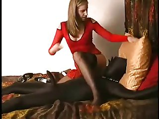 Die Mistress spielt