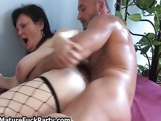 Two mature horny pussy get fucked