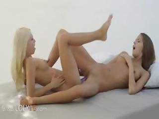 Lesbian girlfriends trying double dildo